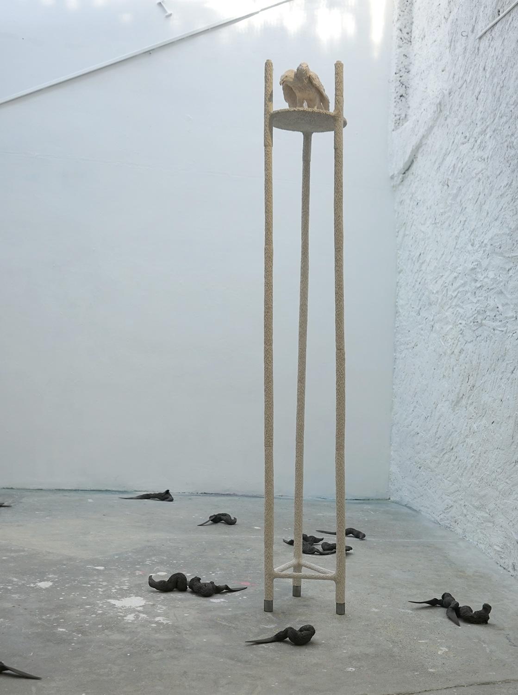 <i>sentinelle</i>, 2018, sculpture/installation, terre cuite blanche