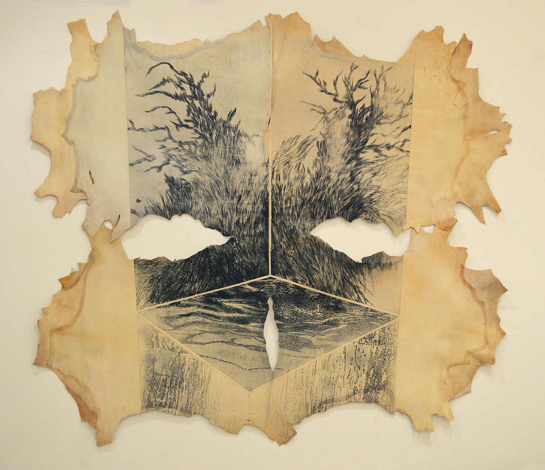 <i>sans titre</i>, 2015 - vernis mou et pointe sèche, ensemble de 5 plaques imprimées sur plusieurs peaux de chèvre assemblées,140x160cm, épreuve unique